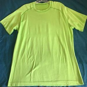Lululemon green men's large/xl athletic shirt